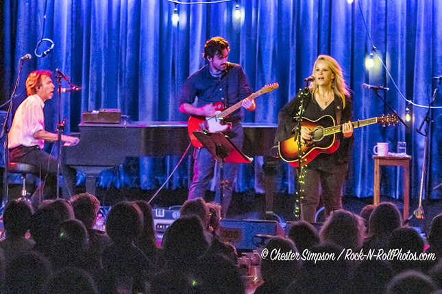 Mary Chapin Carpenter performing at the Birchmere on Monday, Oct. 29, 2018