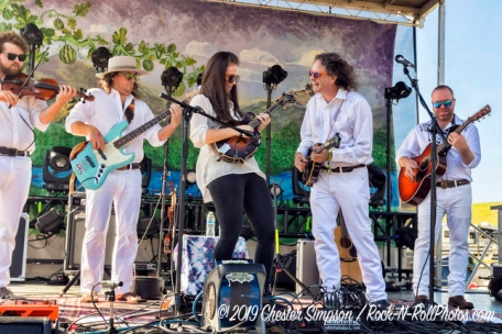 Sierra Hull sitting in with Songs From The Road Band