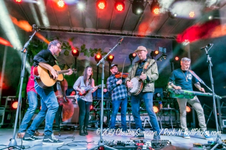 The Infamous Stringdusters with Sierra Hull